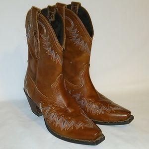 Ariat Potrero snip toe nutmeg boots size 8